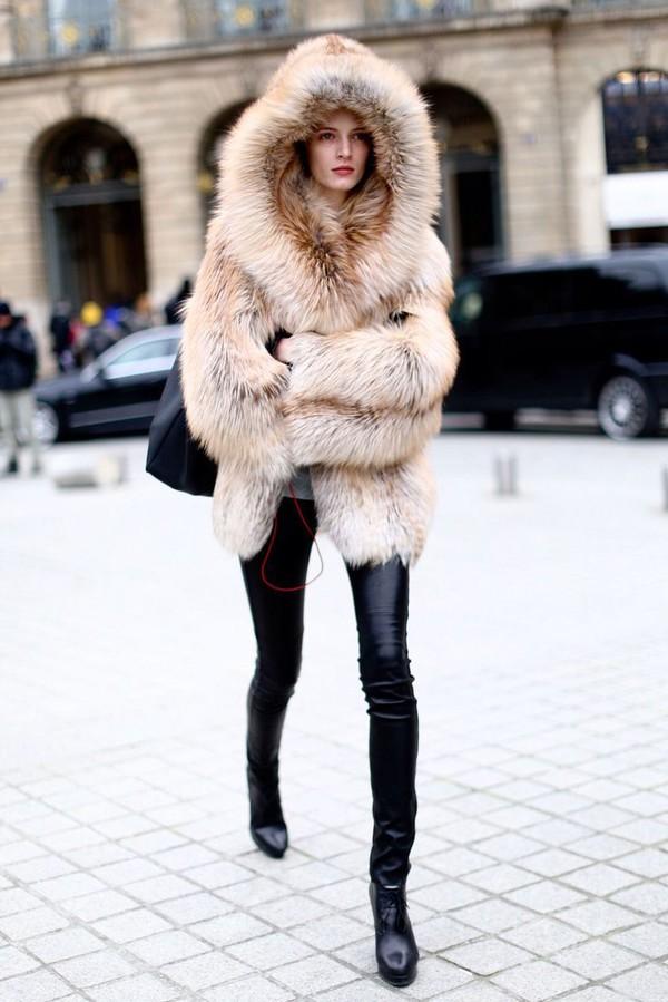 Faux Fur Coat With Hood Photo Album - Reikian