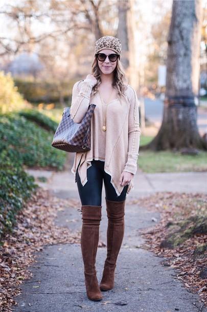 e74c23034ad herestheskinny blogger t-shirt leggings shoes bag jewels sunglasses make-up  tote bag beanie