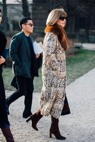 coat tumblr printed long coat long coat printed coat sunglasses anna wintour celebrity style celebrity fur collar coat boots brown boots high heels boots suede suede boots