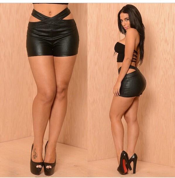 shorts denim shorts crop tops top high heels heels black heels black crop top outfit