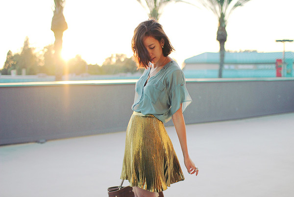 that's chic blue shirt gold skirt shirt