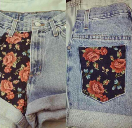 Floral pockets on high waisted denim shorts by studsstripes