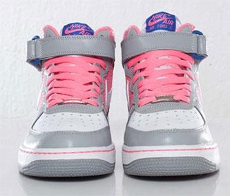Nike Air Force 1 07 Grau