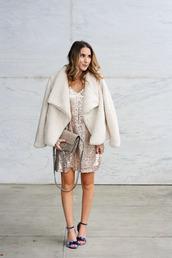 twenties girl style,blogger,dress,shoes,jacket,bag,sequin dress,sandals,faux fur coat