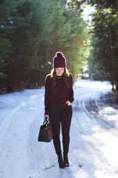 sequins and stripes,blogger,sweater,jeans,bag,pom pom beanie,burgundy,hat,shoes