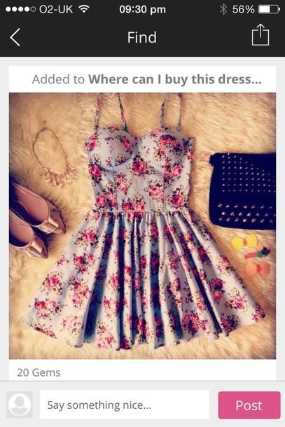 dress cute lovelacey's?