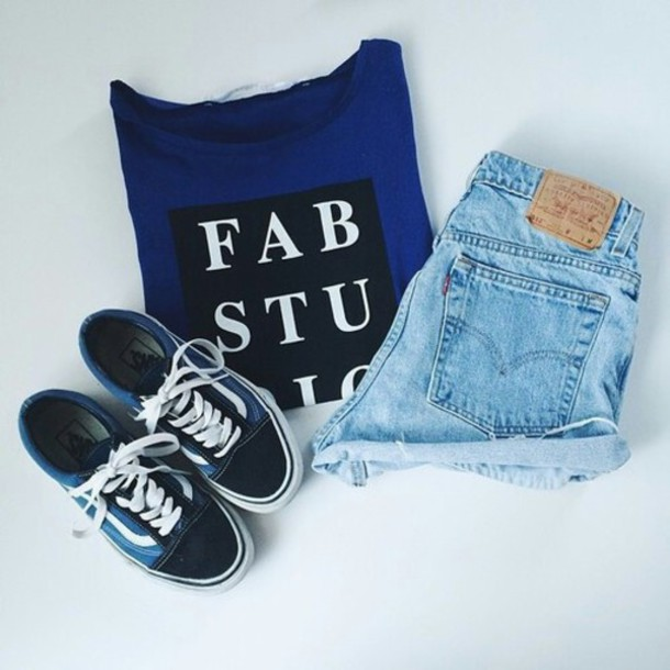 top shoes shorts t-shirt shirt blue tee hipster summer outfits back shoes vans