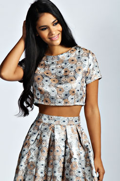 Lily Floral Jacquard Cap Sleeve Crop Top at boohoo.com