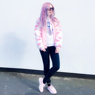 kayla hadlington blogger make-up jeans sweater socks soft grunge pastel goth pastel hair topshop pastel grunge kawaii grunge kawaii dark