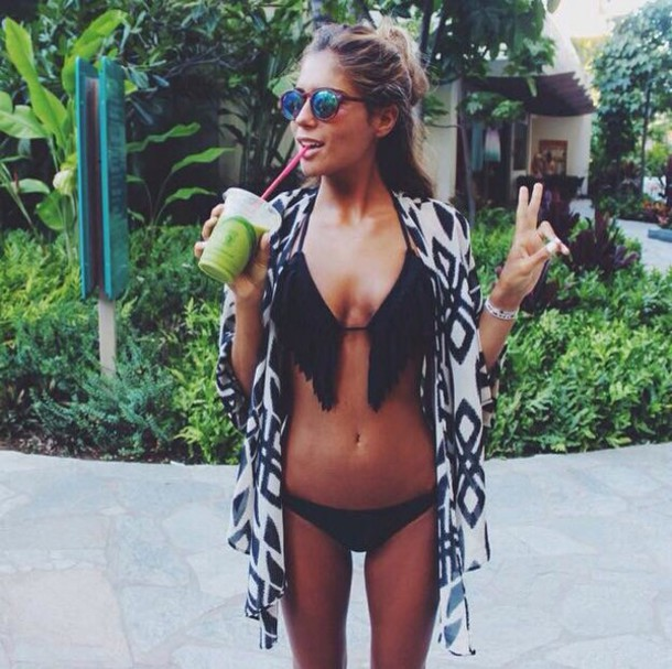 swimwear black bikini bikini on point clothing two-piece fringe bikini fringes fringes beach travel summer summer outfits kimono aztec sunglasses cute girly women gorgeous fashionista fashionista girl boho boho chic cardigan black bkini zwart