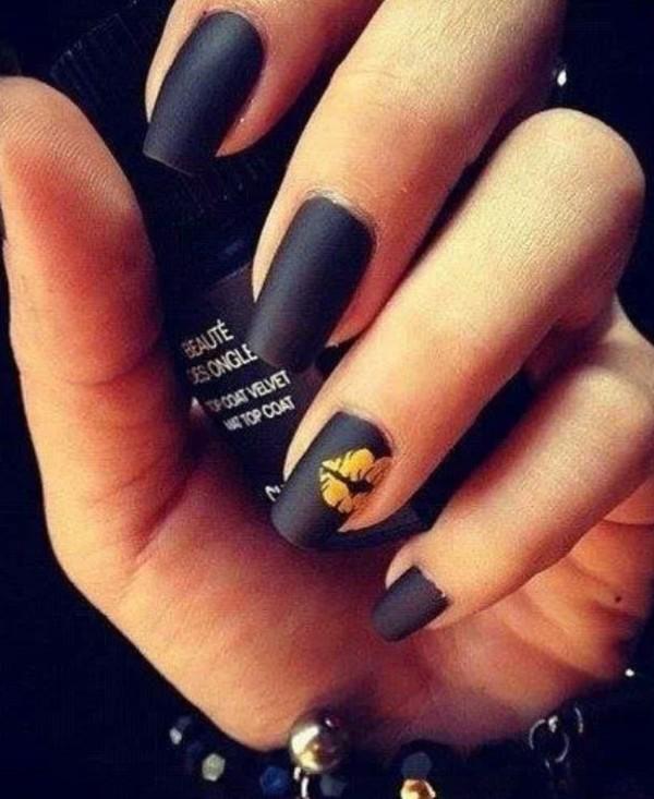 nail polish black nails chanel