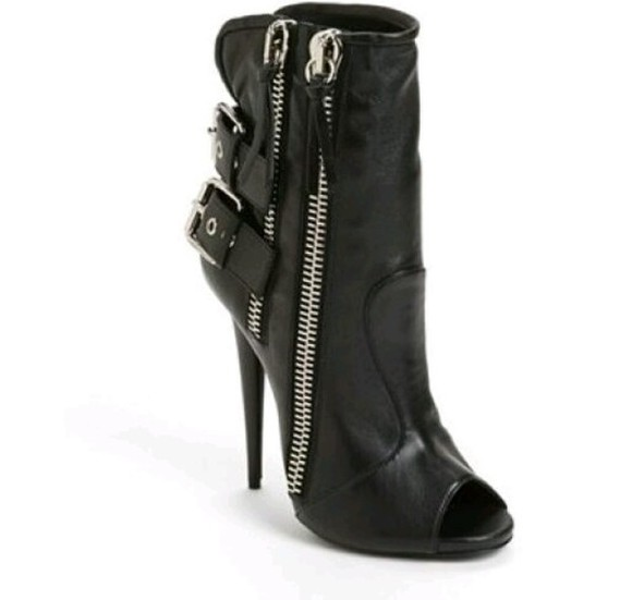 shoes zippers black high heeled boots