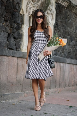 dress midi dress tumblr gingham gingham dresses shoes pointed toe pointed flats flats sunglasses bag