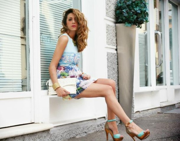 dress village village dress look bag white handbag sandals street fashion stylish