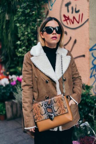 jacket tumblr shearling jacket shearling brown jacket bag brown bag crossbody bag sunglasses
