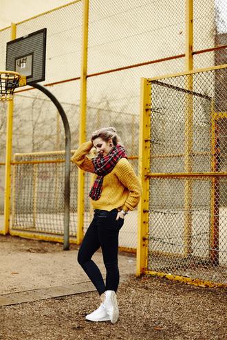 masha sedgwick blogger sweater mustard knitted sweater mustard sweater