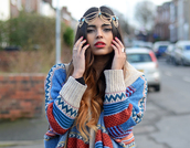 she wears fashion,sweater,jeans,bag,jewels