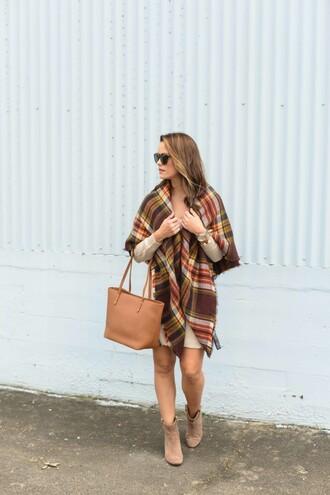 live more beautifully blogger dress scarf sunglasses shoes bag beige knit dress tartan tartan scarf nude bag knitwear mini knit dress tote bag