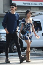 dress,streetstyle,fall outfits,vanessa hudgens,celebrity,floral,floral dress