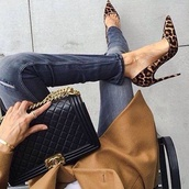 shoes,leopard print,fashion,fashion coolture,style,sexy shoes,sexy,celebrity style,bag