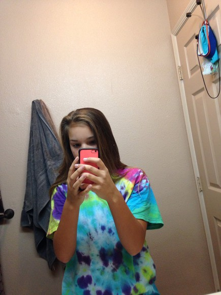 t-shirt tie dye kortney hamilton youtuber viners youtube famous celeb