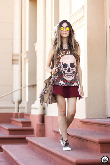 t-shirt skull black friday cyber monday blogger bag sunglasses fashion coolture mirrored sunglasses mini skirt fringed bag