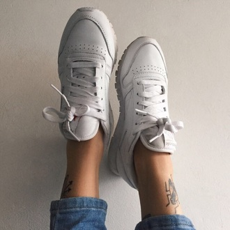 shoes reebok white