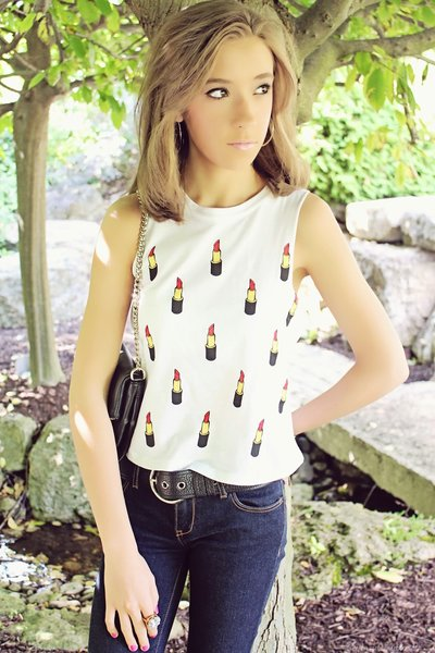 Rebellious One Lipstick Tank - Bloggers Closet