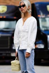 le fashion image,blogger,top,blouse,basket bag,white blouse