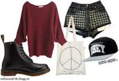 shorts,shoes,snapback,studs,sweater,knitwear,dr marten boots