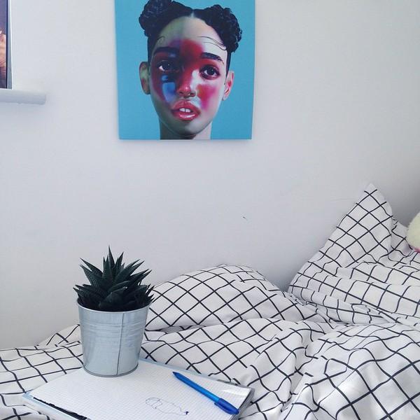 Scarf: Home Accessory, Grid, Black, White, Bedding