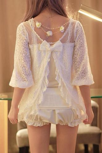 blouse lace white dress floral tumblr daisy tumblr girl shorts