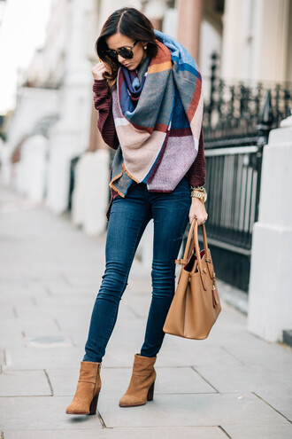 scarf tumblr tartan tartan scarf flannel scarf flannel bag brown bag tote bag boots brown boots ankle boots high heels boots denim jeans blue jeans skinny jeans sunglasses shoes pants