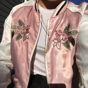jacket,flower bomber,flowered jacket,silk,aesthetic,aesthetic tumblr,asian,pink,pink bomber jacket,pattern,tumblr outfit