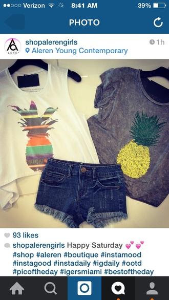 t-shirt pineapple shirt