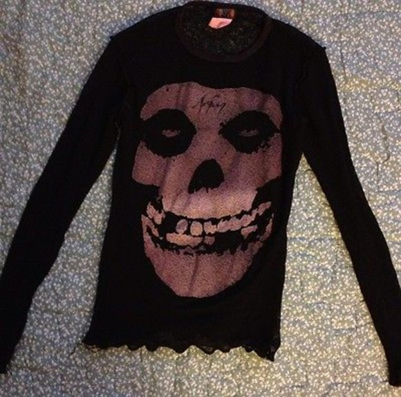 90s grunge sweater misfits sheer skull horror