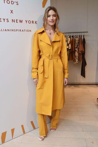 coat pants martha hunt model off-duty trench coat yellow trench coat