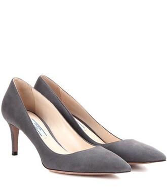 heel pumps suede grey shoes
