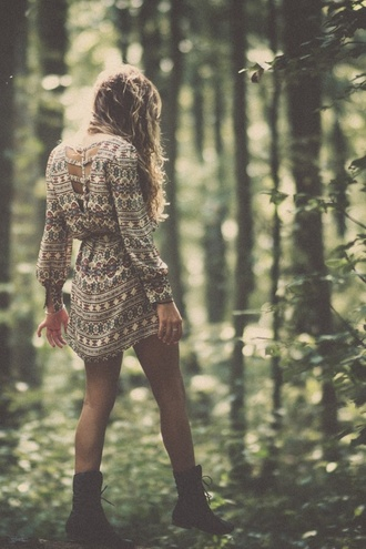 dress aztec hippie hippie chic boho dress open back long sleeve dress short dress beige dress boho jumpsuit tribal pattern short combat boots boots vintage vintage dress printed dress white dress cut-out long sleeves pattern black and white black dress patterned dress cut-out dress