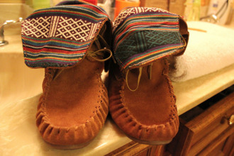 moccasins brown shoes shoes boots tribal pattern