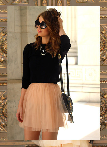 dress black top skirt pink long sleeves chiffon skirt preppy flowy sunglasses tulle skirt short peach shirt