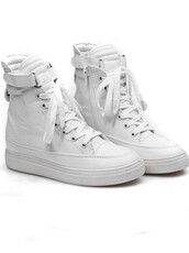 shoes,white,sneakers,zip,round toe