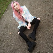 kayla hadlington,blogger,fluffy,pastel hair,coat,pink hair