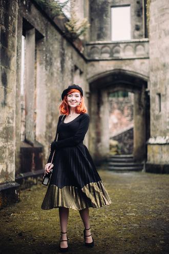 the clothes blogger jacket belt skirt shoes bag beret pleated skirt midi skirt pumps