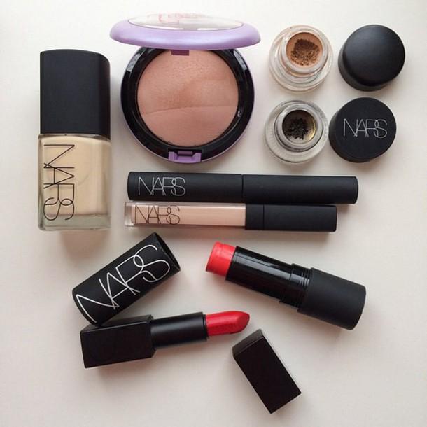make-up make-over lipstick eyeliner