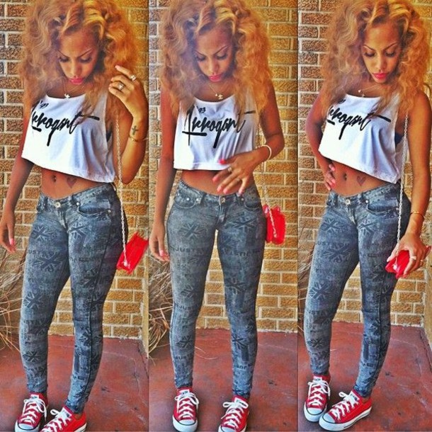 Swag Outfit Ideas for Black Girls. The swag style is renowned for being highly diverse and a fashion trend that denotes confidence and attitude. There is no set trend for swag style and so anything goes. This goes for clothing, footwear and also make-up.
