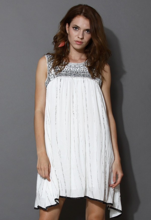 chicwish mysterious tribal pattern embroidered sleeveless dress
