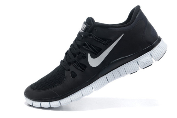 Shoes: nike shoes, nike free run, cheap nike free 5.0 v2, cheap
