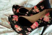 shoes,flowers,high heels,floral high heels,floral,black,black high heels,cute high heels,pink flowers,red flowers,open toes,flower print shoes,black shoes,black heels,high heel pumps