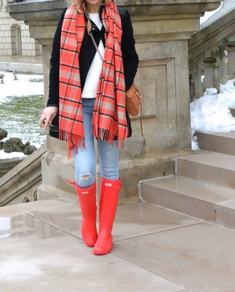 lilly's style blogger wellies blanket scarf red